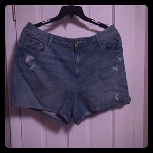 Old Navy distressed light blue jean shorts